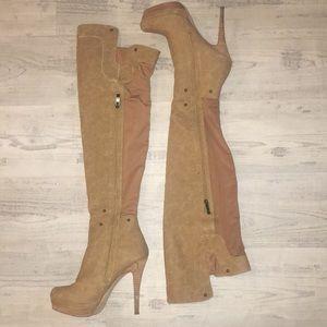 Zip Up Heel Boots